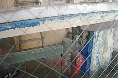 富山地鉄・立山線・釜ヶ淵駅、貨物があった頃の重量計