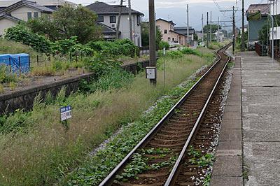 富山地鉄・上滝線・上堀駅プラットホーム、廃ホームが残る