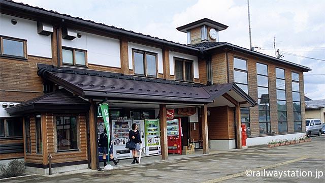 由利高原鉄道の終点・矢島駅、新駅舎