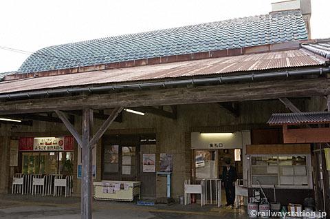 一畑電車・出雲大社前駅、駅舎ホーム側