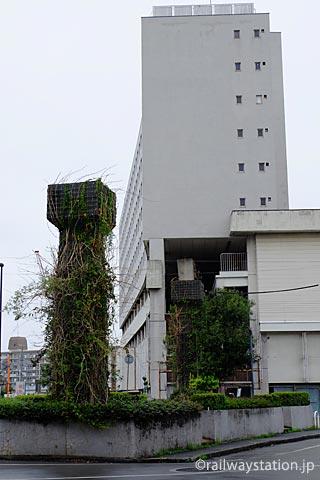 姫路モノレール廃線跡、大将軍駅跡・高尾アパート側面
