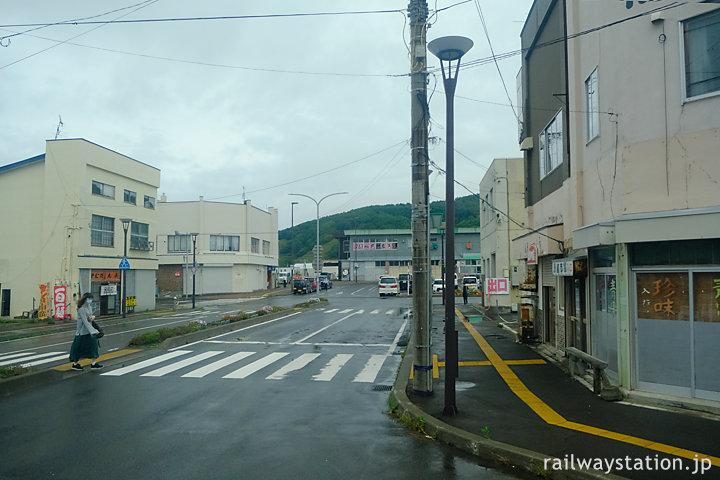 沿岸バス・豊富留萌線、留萌駅前を通り終点はあと僅か