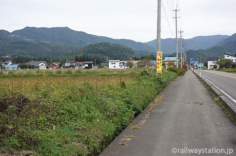 熱塩駅を目指し喜多方市内を自転車で走る