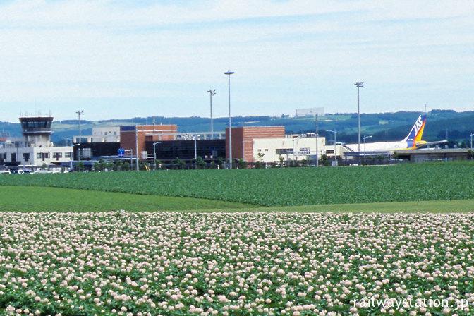 女満別空港、羽田空港からのJAL機・旧JASのA300