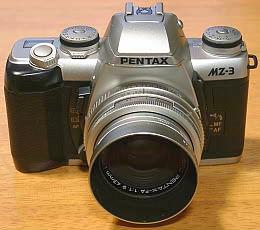 フィルムカメラ時代に愛用していたペンタックスの一眼レフ、MZ-3とFA43Limitedレンズ