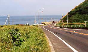 羽幌線廃線跡を眺めながら自転車で走った日本海沿いの国道