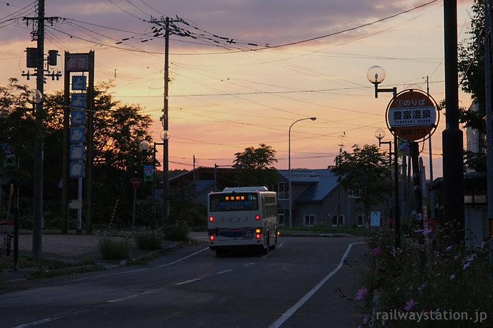 沿岸バス幌延留萌線、終点の豊富駅までラストスパート…
