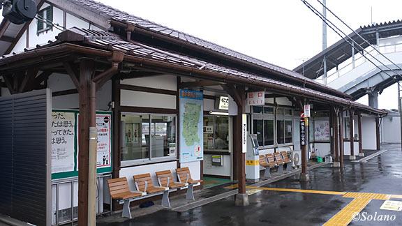 JR東日本・両毛線・国定駅、駅舎ホーム側