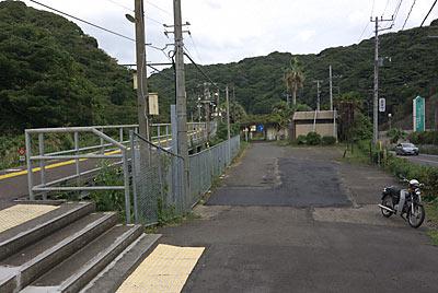 JR東日本・外房線・行川アイランド駅、待合所?