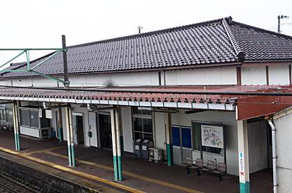 JR信越本線・三条駅、駅舎ホーム側
