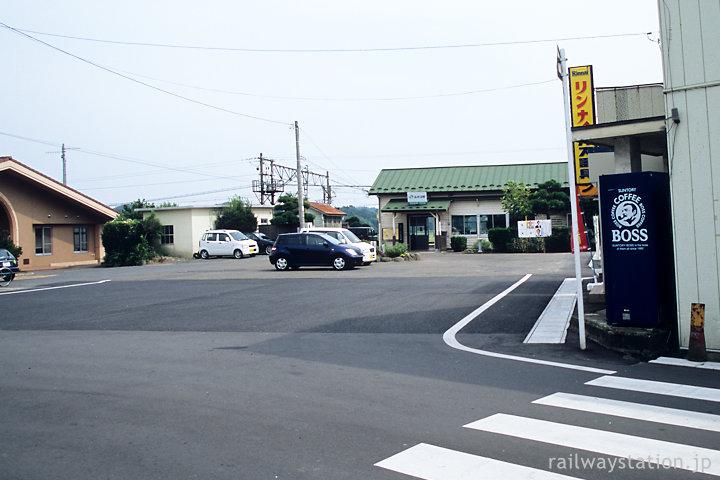 宮城県松島町、品井沼駅。駅前の風景