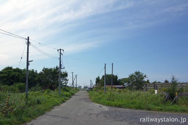 宗谷本線の秘境駅抜海駅前、最果て感漂う風景