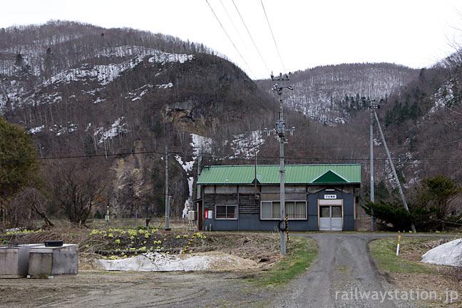 JR北海道の秘境駅、石北本線の下白滝駅