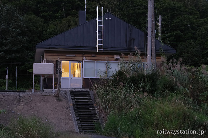 JR北海道宗谷本線・豊清水駅の木造駅舎