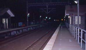 JR北海道・海峡線、夜の津軽今別駅ホーム