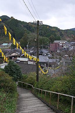 日田彦山線・大行司駅、地上への長い階段