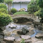 JR九州・早岐駅構内にそびえる西海橋