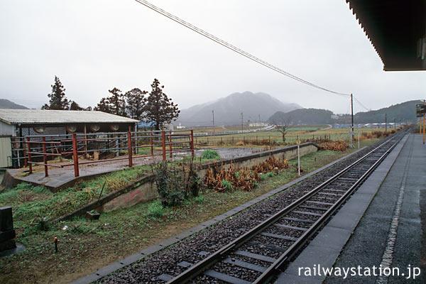 筑肥線・肥前長野駅、謎の柵がある側線ホーム跡。