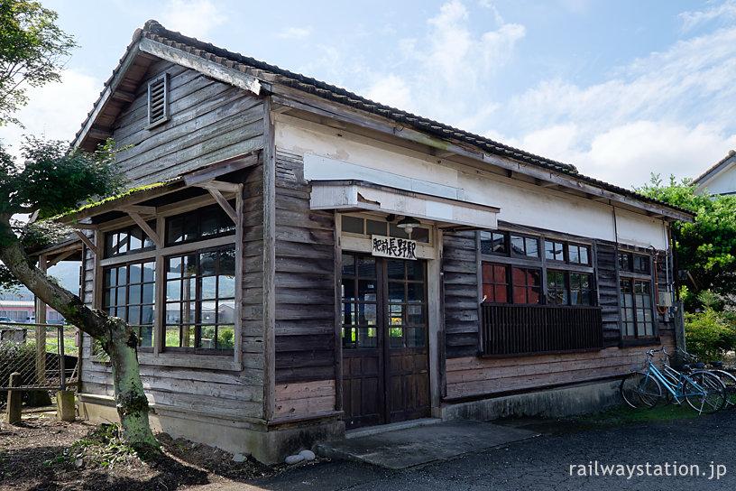 JR九州筑肥線・肥前長野駅、修復が進む木造駅舎