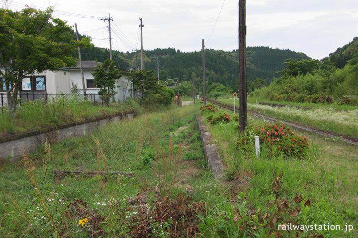 JR九州肥薩線・嘉例川駅、側線ホーム跡