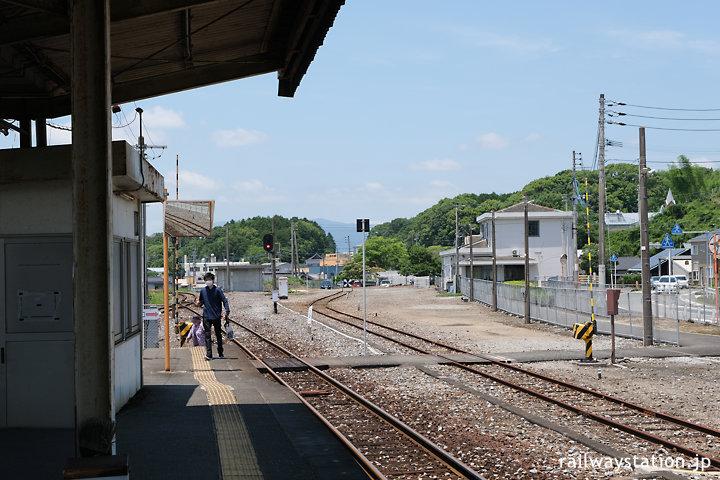 JR九州・添田駅、日田彦山線はこの先、代行バスで…