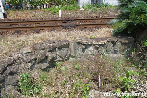 筑肥線・唐津線の接続駅、山本駅の池庭跡(2010年)