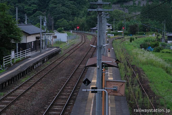 JR九州・夜明駅、日田彦山線の3番ホームは廃線のよう…