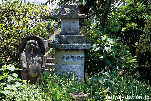 JR四国・高徳線・鳴門線、たぬき伝説のある池谷駅