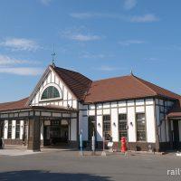 琴平駅(JR四国・土讃線)~こんぴらさん門前の洋風木造駅舎~