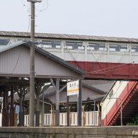 武豊線・半田駅、役目を終える明治築の国内最古の跨線橋