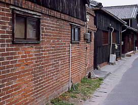 武豊線沿線の古い建物