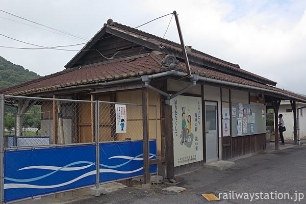 JR西日本・吉備線、駅舎建替え工事中の備前一宮駅