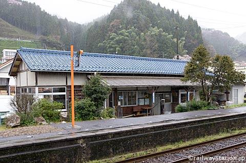 JR西日本・三江線・因原駅、駅舎ホーム側
