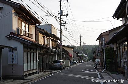 島根県奥出雲町、木次線・出雲八代駅近くの街並み