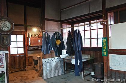 JR因美線・美作滝尾駅の木造駅舎、旧閉塞器室あたり
