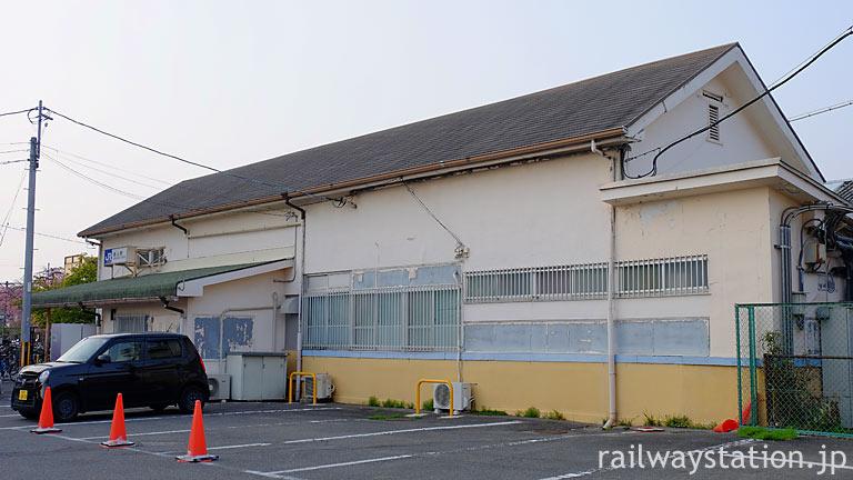 京都市・伏見区、JR奈良線・桃山駅の木造駅舎。1935年(昭和10年)築