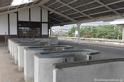 大社線・大社駅、屋外の降車用改札口