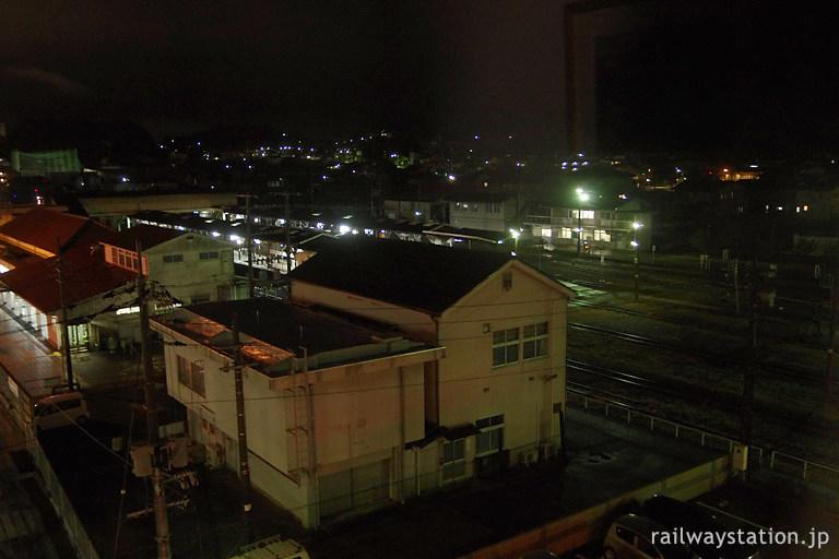ホテルアルファーワン津山の部屋から見た津山駅構内