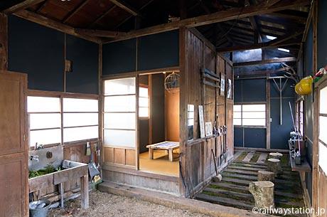 小湊鉄道・月崎駅「いちはらアート×ミックス」会場となっている詰所跡