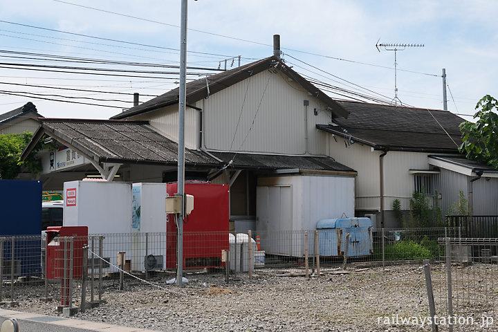 名鉄河和線・知多新線富貴駅、駅舎側面