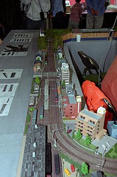 名鉄瀬戸線・尾張瀬戸駅、旧駅舎さよなら公開、鉄道模型のレイアウト