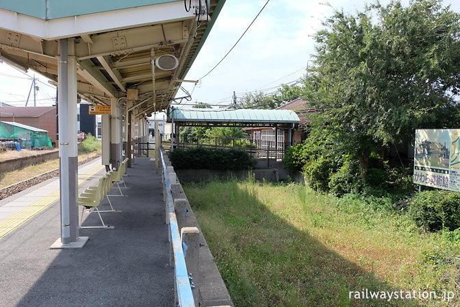 名鉄三河線・高浜港駅、側線跡が残るプラットホーム
