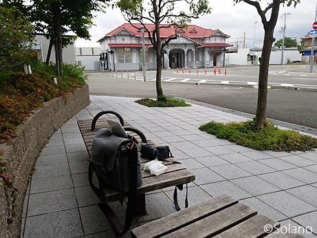 堺市、南海浜寺公園駅前