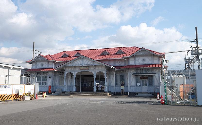 南海電鉄、現役引退を目前に控えた浜寺公園駅舎(2016年1月)