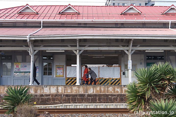 南海浜寺公園駅、旧駅舎使用停止された翌日の風景