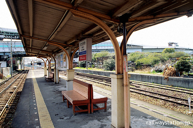 南海高野線(汐見橋線)・木津川駅、古びたプラットホーム