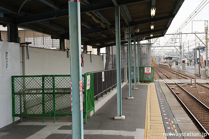 南海本線・諏訪ノ森駅、西駅舎曳家後のプラットホーム