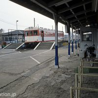 鹿島鉄道の終点・鉾田駅、プラットホームと改札口