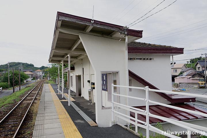 天竜浜名湖鉄道・尾奈駅プラットホーム