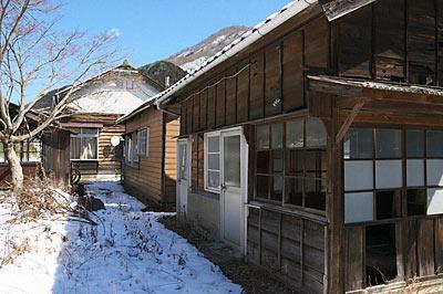 わたらせ渓谷鉄道・足尾駅、駅構内に残る古い建築物